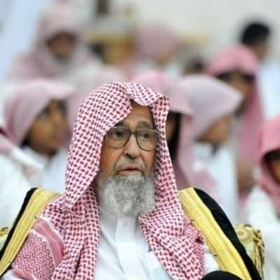 Шейх Салих аль-Фаузан: Нужно ли делать таклид одному из четырех мазхабов?